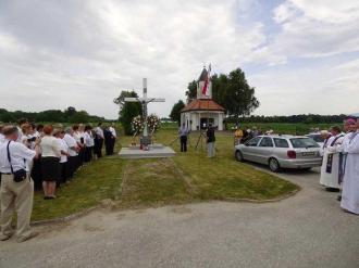 20150614-05 Otok Virje sjecanje na zrtve grobista Pancerica