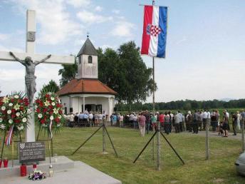 20150614-17 Otok Virje sjecanje na zrtve grobista Pancerica