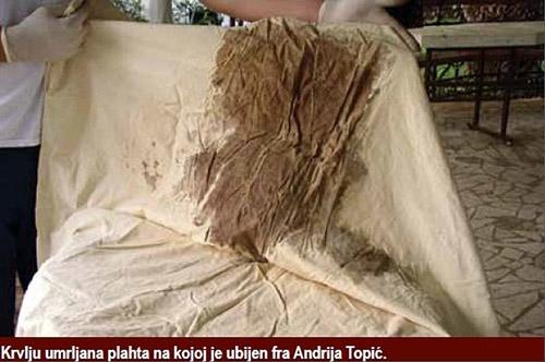 Plahta na kojoj je ubijen fra. Andrija Topić -još uvijek ostatci krvi vidljivi na njoj