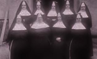 Časna sestra Regina Šima Milas učiteljica u Međugorju i Čapljini (krajnja desno u donjem redu)