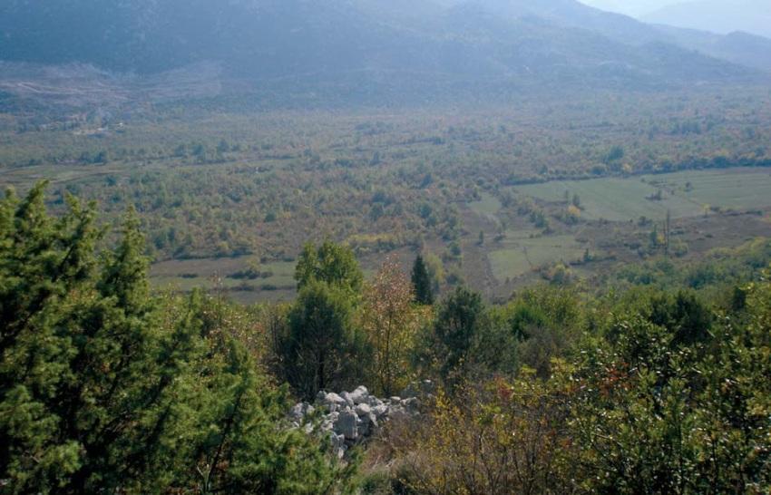 Pogled s lokaliteta masovnih grobnica na okolinu