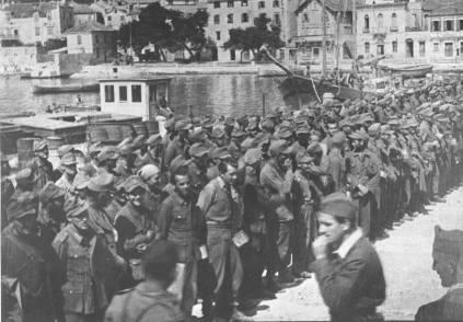 92. Zarobljenici na Korčuli, travnja 1944.