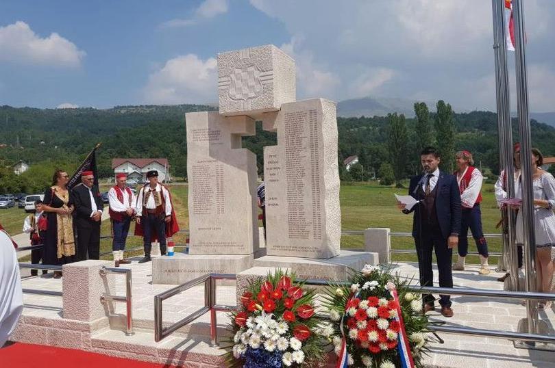 prisoje_spomenik-Tomislavgrad
