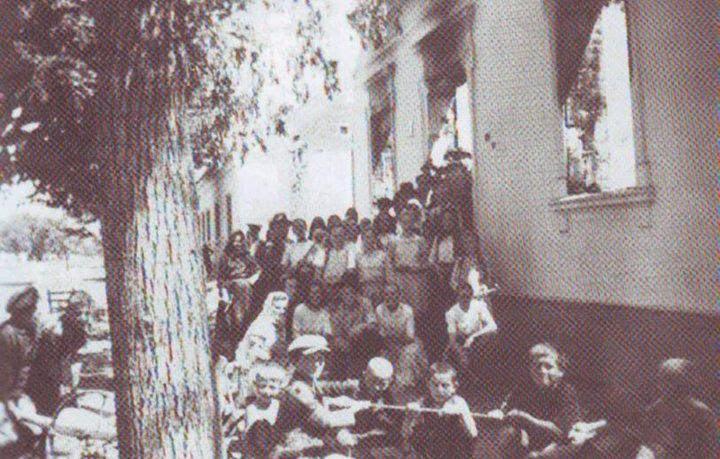 Partizani su opljačkali i zapalili zgradu općine Ilača (u noći sa 30. na 31.5.1944.)