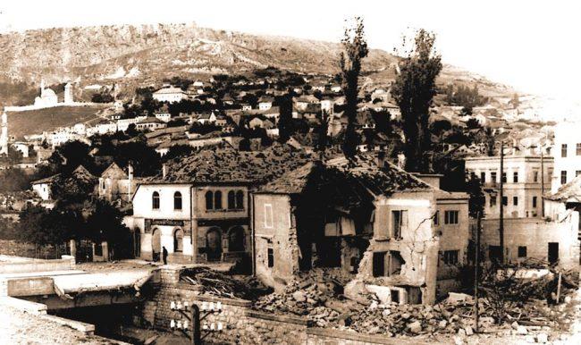 Zračni napadi na Livno