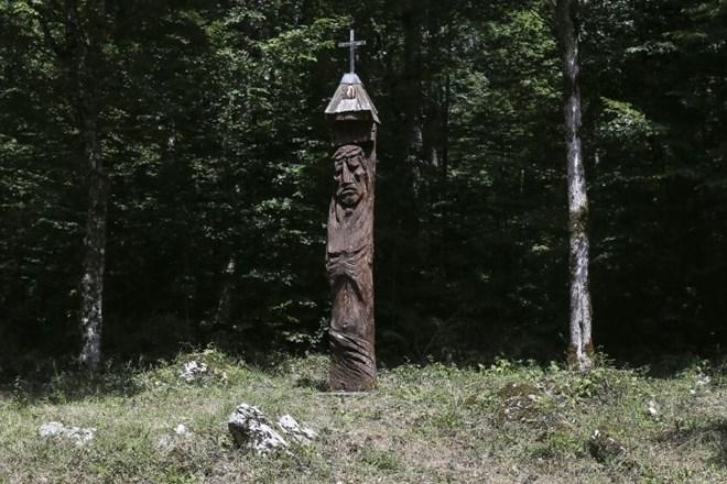 Kren - jedan od grobova u Kočevskom Rogu