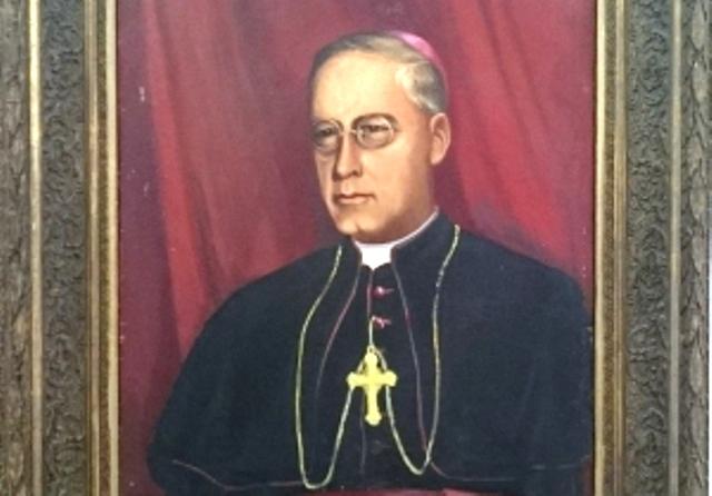 Biskup Josip Carević sl.3